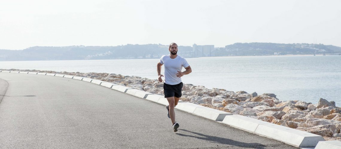 Veja qual é a importância de fazer exercícios para melhorar a circulação das pernas